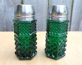 Vintage Green Depression Glass Salt & Pepper Shakers, Vintage Shakers, Emerald Green Aluminum Screw Lids, 1950's Shakers, Salt Shaker