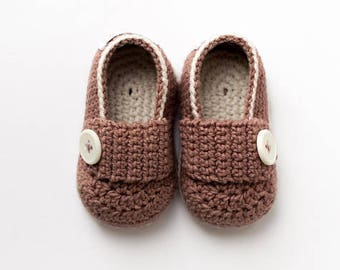 Brown Baby mocassins Baby reveal box Baby moccasins Baby uggs Baby moccs Loafer booties Baby loafer shoes Baby sandals First shoes Crib shoe