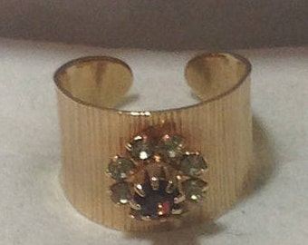 Vintage Gold Look Sarah Coventry Ring