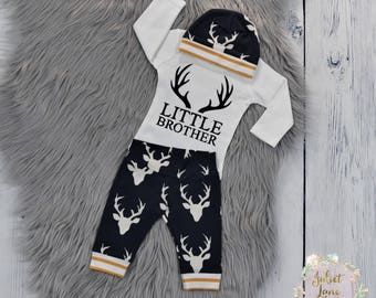 Little Brother Coming Home Outfit, Oh Deer Baby Outfit, Little Brother Shirt, Baby Boy Going Home Outfit, Newborn Boy Outfit, Baby Boy Gift
