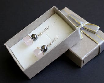 Pink gemstone jewelry Rose quartz flower earrings Love healing earrings Hematite beads earrings Young girl earrings Stone dangle earrings