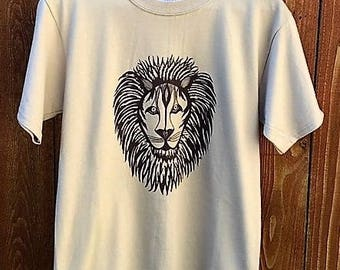 Lion T-Shirt, Lion Lovers Shirt, Wild Animal Tees, Screen Printed, Leo the Lion, Majestic Lion, King of the Jungle, Gift for Him or Her