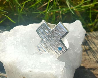 Silverring with blue topas, statement ring cross