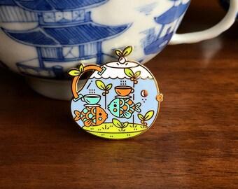 B-Grade Tea Time Tearrarium Pin