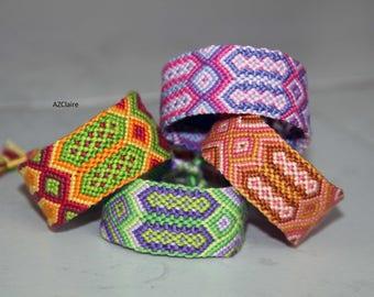 Bracelet friendship aztec print