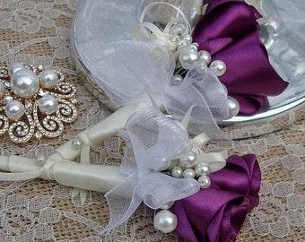 Plum buttonhole, boutonniere rose, pearl buttonhole, plum purple buttonhole flowers