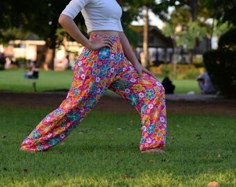 Green Flower pants Colorful pants Rainbow pants Harem pants women Yoga pants Festival pants Bohemian pants