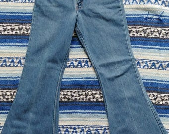 1970s Vintage Levis Bell Bottoms - Measured 27x29 - Extremely cool bell bottoms!