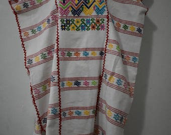 Long handmade huipil, mexican long blouse, bluson mexicano, blusa tejida y bordada, blusa bordada blanca, long blouse white, embroidered