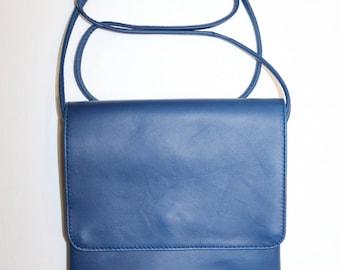 Genuine leather shoulder bag Navy S