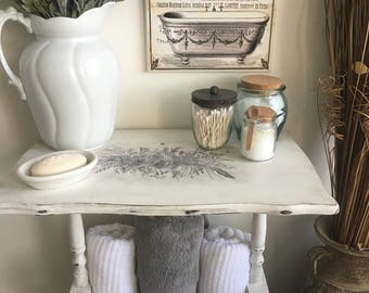 White Accent Table ~ End Table ~ Side Table ~ Magazine Table with Flowers & Bulbs Motif ~ Garden Table ~ Shabby Chic ~ Cottage ~ Farmhouse