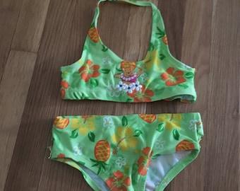 1990's neon green floral pooh bikini - size 4t