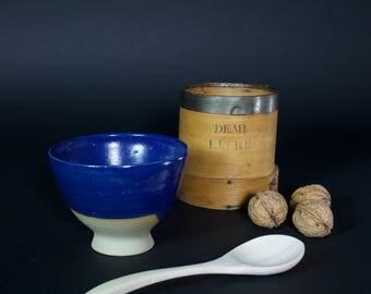 Blue round bowl of summer