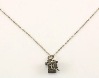 Vintage Locket Prayer Box Pendant Necklace 925 Sterling Silver NC 920