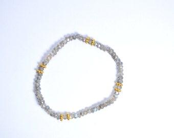 Labradorite Bracelet,Labradorite Jewelry,Blue Flash, Beaded bracelet ,Layering Bracelet,Gemstone Jewelry,gemstone bracelet,elastic bracelet