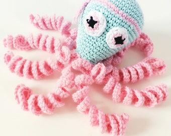 Hand crocheted Coquette Poulpita