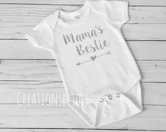 Mamas Bestie, Mamas Bestie Onesie, Mamas Bestie Shirt, Babyshower gift, Baby Girl Onesie, Mommys Bestie, Mommys Best Friend, Bestie Onesie
