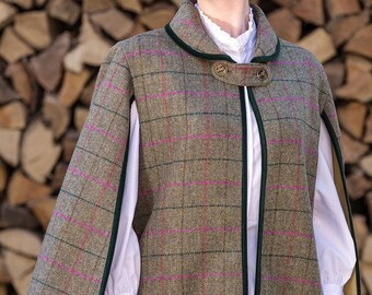 The Vintage Cape (Mulberry Tweed)