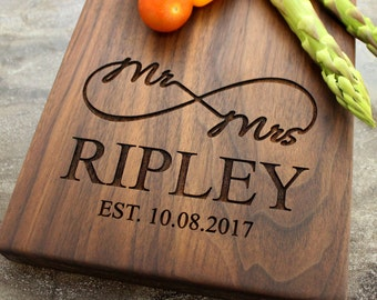 Personalized Cheese Board, Serving Board, Bread Board, Custom, Engraved, Wedding Gift, Housewarming Gift, Anniversary Gift, Engagement #39
