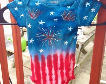 4TH OF JULY Tie Dye Baby Onesie - Fireworks & Stars USA Limited