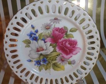 Exquisite Vintage The Leonardo Collection Bon Bon/Decorative Floral Lattice Dish with Gilded Rim