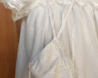 Vintage Heirloom Christening Gown and bonnwt