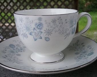 12 Piece  Vintage Wedgewood Belle Fleur  Cups and Saucers- Pristine Condition