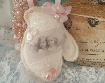 Vintage Mitten Hanger Pink Shabby Chic Mitten Ornament Vintage Images Angels with Roses Fresh Lavender Sachet Vintage Laces