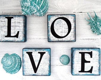 Wooden Sign LOVE