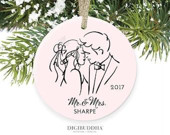 Bride & Groom Ornament Newlyweds Christmas Gift Newlywed Ornament 1st Christmas as Mr and Mrs First Married Christmas Wedding Present