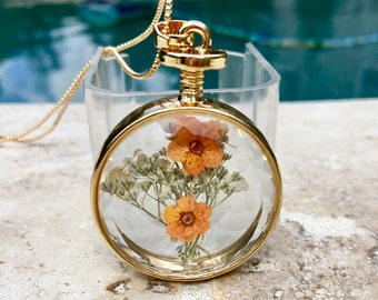 Dried flowers necklace - Handmade