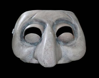Mask of Zanni of Commedia dell'Arte italiana created in accordance with the tradition of the mascherai century. XVI
