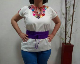 L Mexican blouse hand embroidered