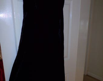 Vintage Monsoon Twilight  Black Crushed Velveteen Long Ladies Black Evening Dress size 12