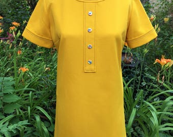 1960's Vintage Mod Shift Dress with Floral Buttons