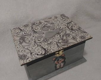 Yorkshire Design Wooden Box