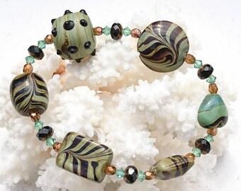 "Bracelet ""Brocéliande"" ceramic, Swarovski Crystal and Czech glass beads."