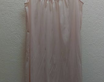 Vanity Fair Vintage Nylon Antron nightgown nighty Pink RARE