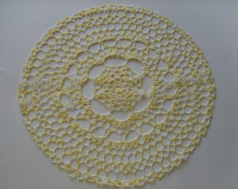 Crocheted doily round yellow 37cm