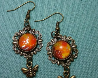Earrings cabochon and bee charm