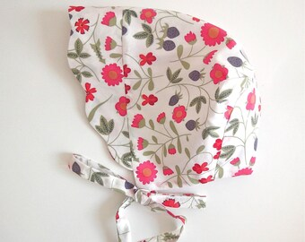 Liberty Of London Bonnet with scallop brim for baby - Liberty Mirabelle Pink