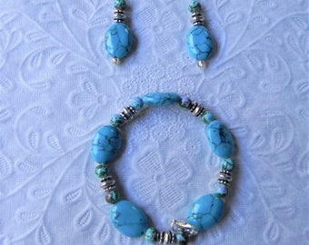 Turquoise gemstone clasp bracelet with earrings