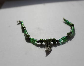 Green Nature Pendant Bracelet