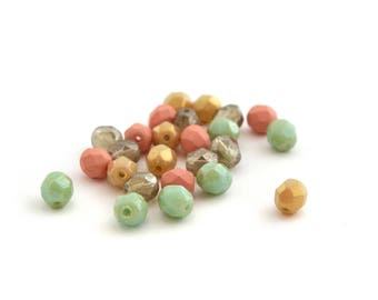 Mix pastel 25 beads Bohemian faceted green Mint, peach, beige 6mm