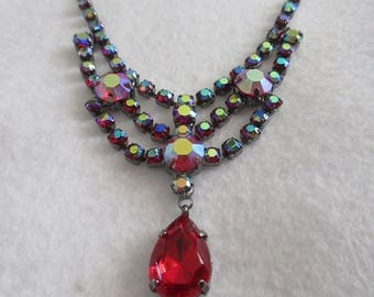 Iridescent Crystal Necklace with Red Solo