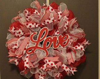 Red and White Deco Mesh Wreath | Valentine's Day Wreath
