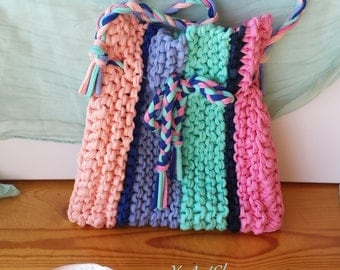 Hand-knit multicolored elastic Bag