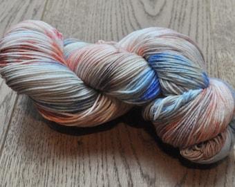 Berry Sorbet - Platinum Super Long Sock - 75/25 Superwash Merino/Nylon - 100g of 4ply/sock yarn
