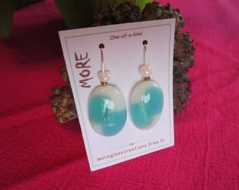 Earrings fused glass white and turquoise mother of Pearl with Pearl