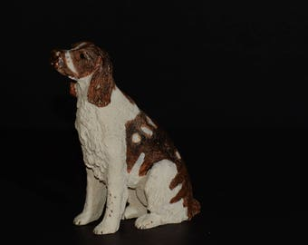 Sandicast Sitting Springer Spaniel, small size sculpture, DOG Figurine, Statue, Hand Painted, Resin, Replica Realistic, Collectible